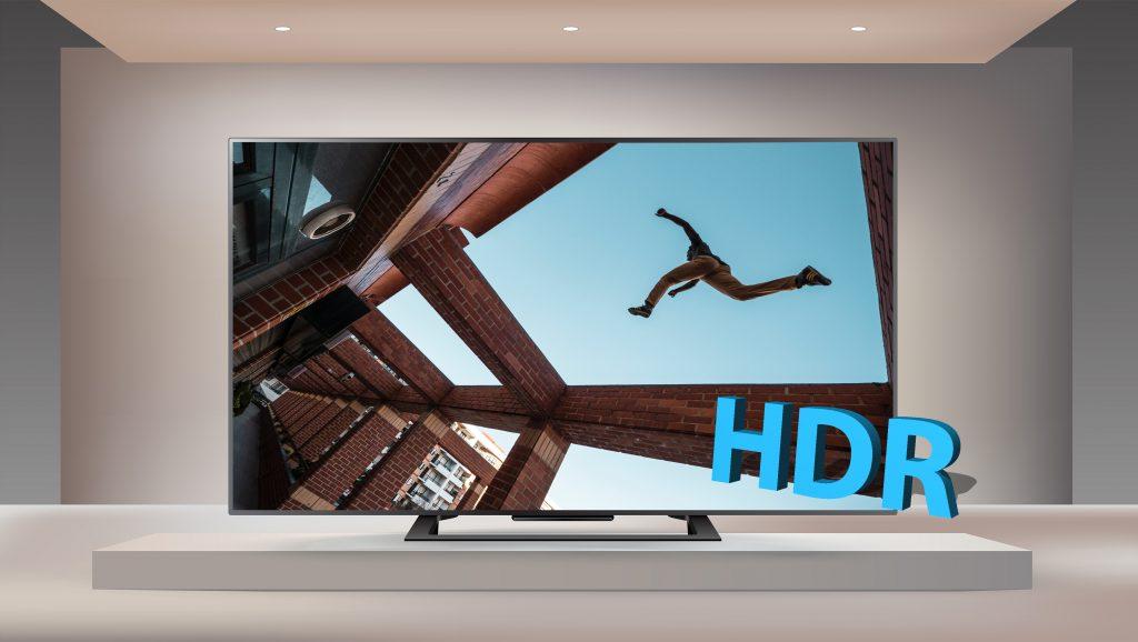 Monitor con immagine HDR e scritta HDR.